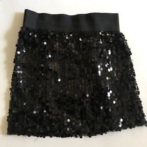 Have sequin black party skirt